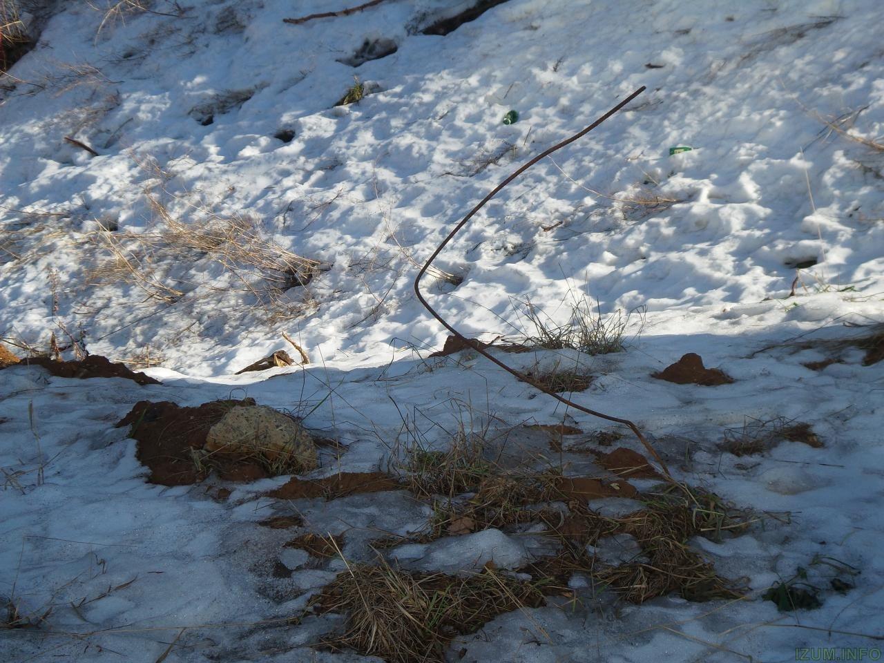 Река Банька мусор со стройки izum.info (11).jpg