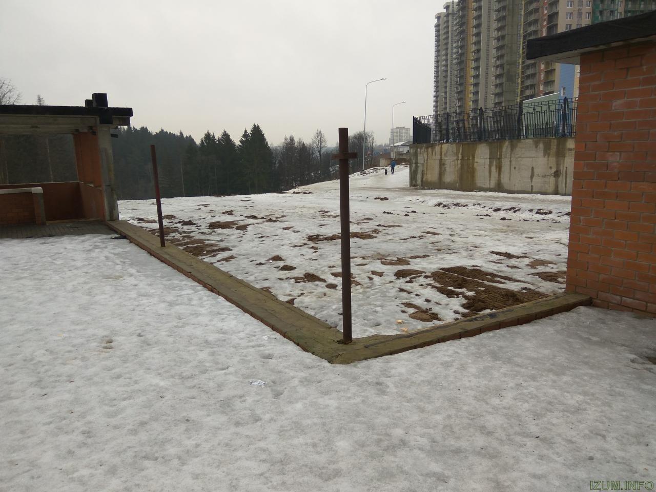 Изумрудные холмы угол паркинга бК7 корпус 11 (2).jpg