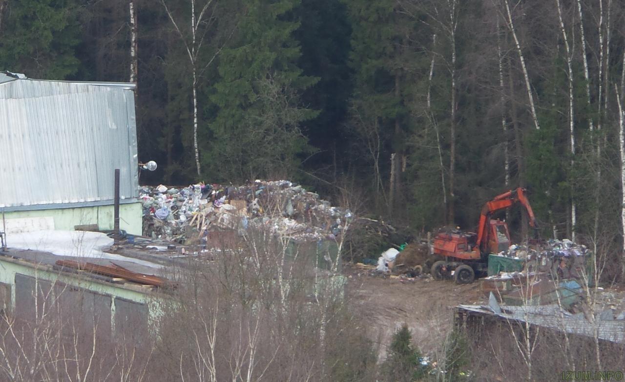 Жгут мусор около Изумрудных холмов (1).jpg