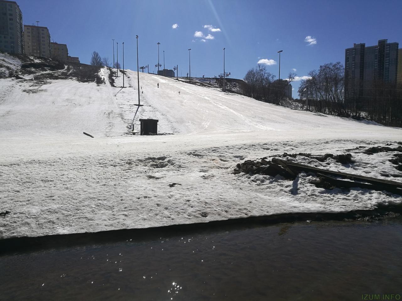 Изумрудные холмы горнолыжный спуск (3).JPG
