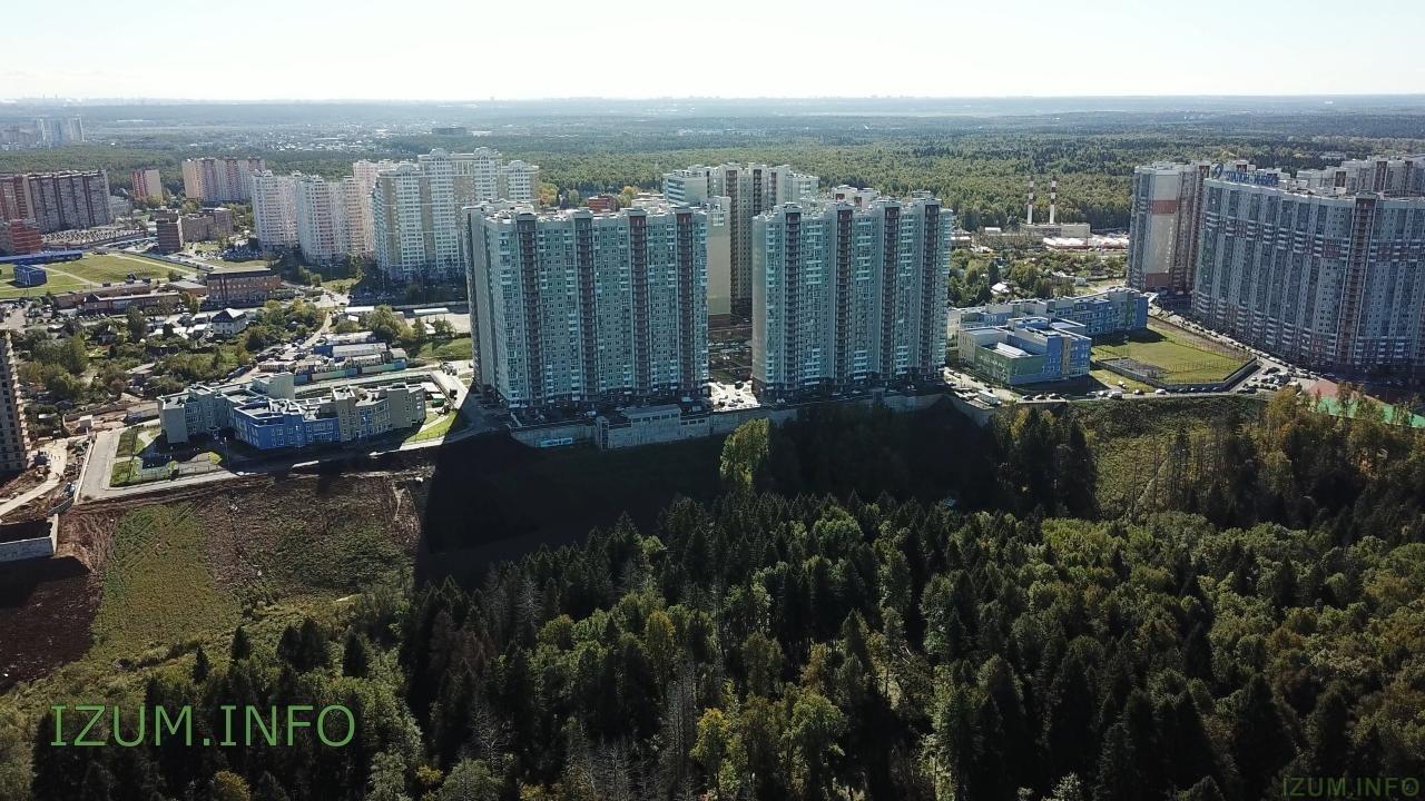 Изумрудные холмы полёт стройка Черневская горка (11).jpg