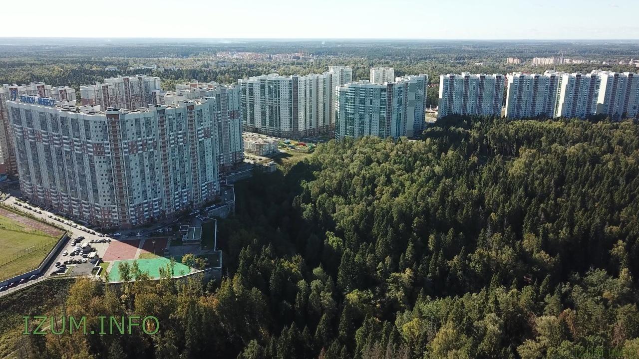 Изумрудные холмы полёт стройка Черневская горка (12).jpg