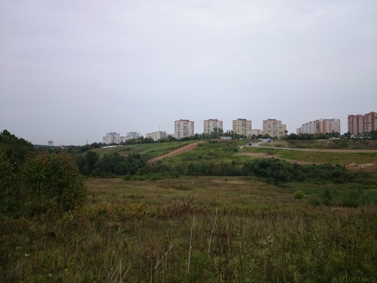 Изумрудные холмы черневская горка пруд (2).JPG