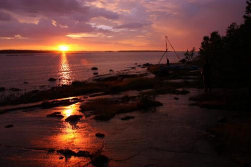 Закат на белом море.jpg