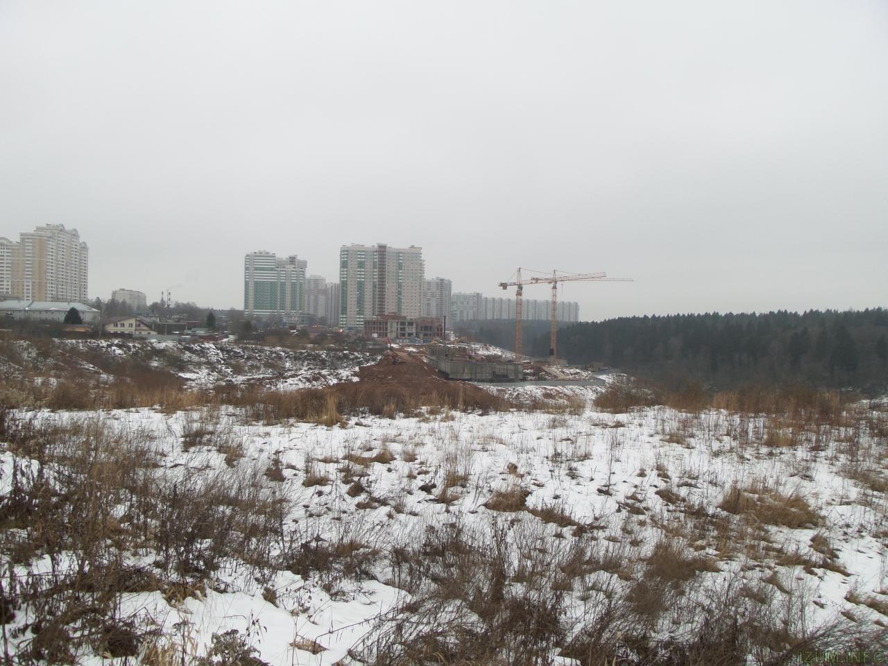 Изумрудные холмы стройка новых корпусов (1).jpg