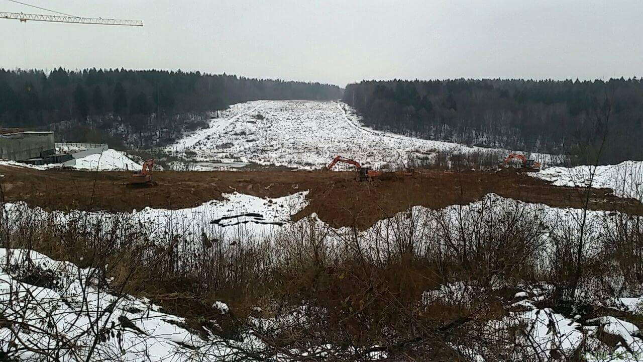 Дорога в Чернево от Изумрудных холмов.jpg