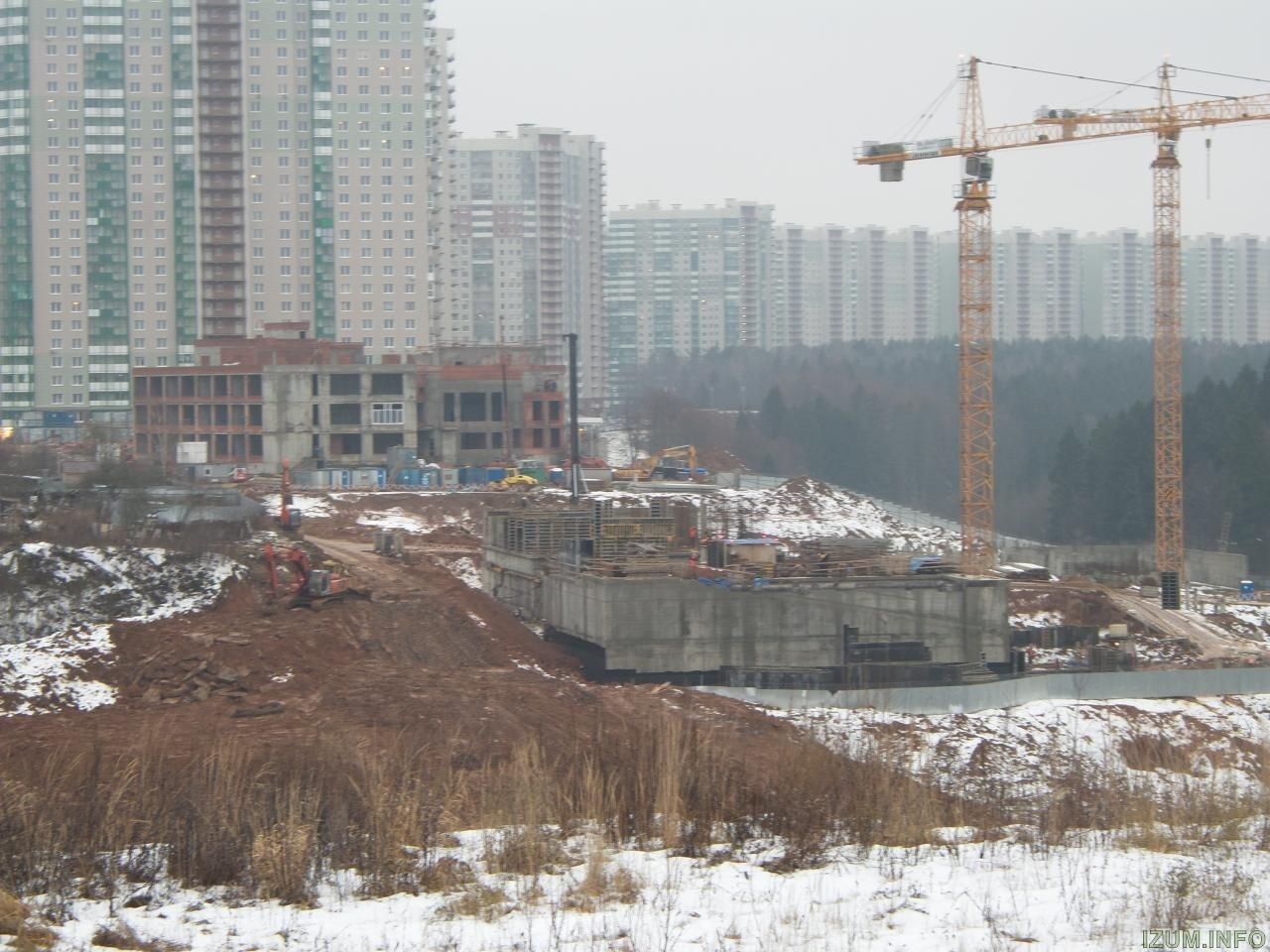 Изумрудные холмы стройка новых корпусов (2).jpg