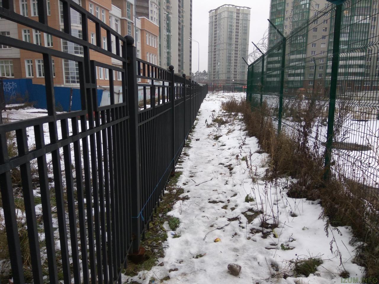 Изумрудные холмы проход в парк от БК 5 (1).jpg